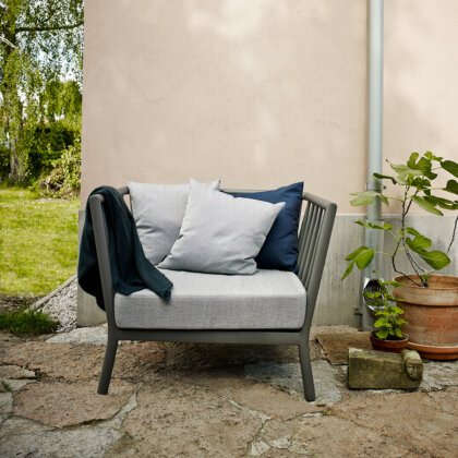 TRADITION LOUNGE CHAIR | The Room Living