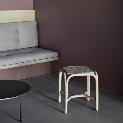 TABURETE FONTAL | The Room Living