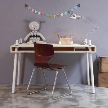 CASPAR SENIOR OAK | The Room Living