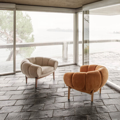 CROISSANT LOUNGE CHAIR | The Room Living