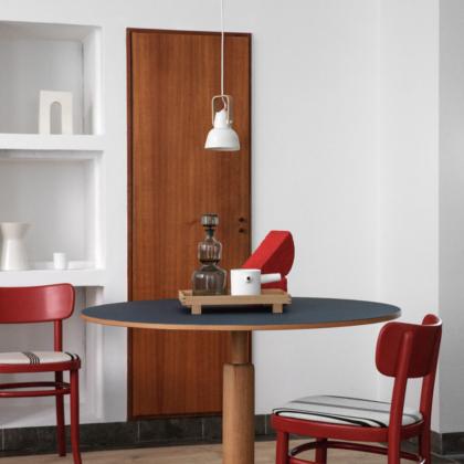 16PLUS Pendant w. hanger | The Room Living